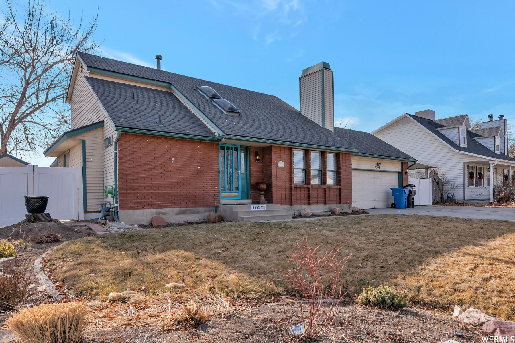 Photo of 2559 W MIDWEST DR, Taylorsville, UT 84129 (MLS # 1720800)