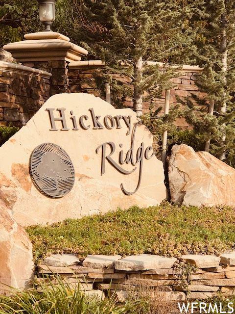 Photo of 12769 HICKORY RIDGE E LN, Draper, UT 84020 (MLS # 1755800)