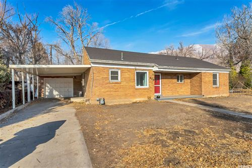 Photo of 475 E 400 S, Springville, UT 84663 (MLS # 1719808)