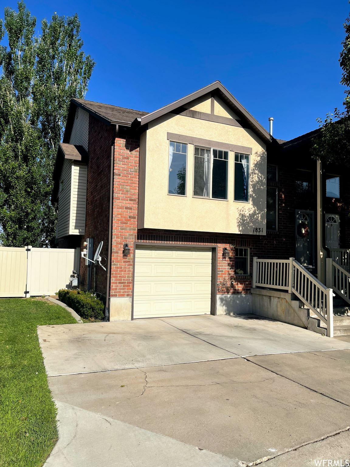 Photo of 1831 PAGES PL, Bountiful, UT 84010 (MLS # 1756820)