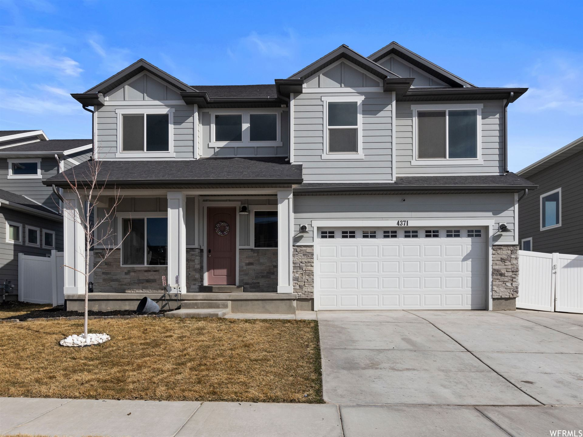 Photo of 4371 E WILLOW OAK WAY, Eagle Mountain, UT 84005 (MLS # 1732826)