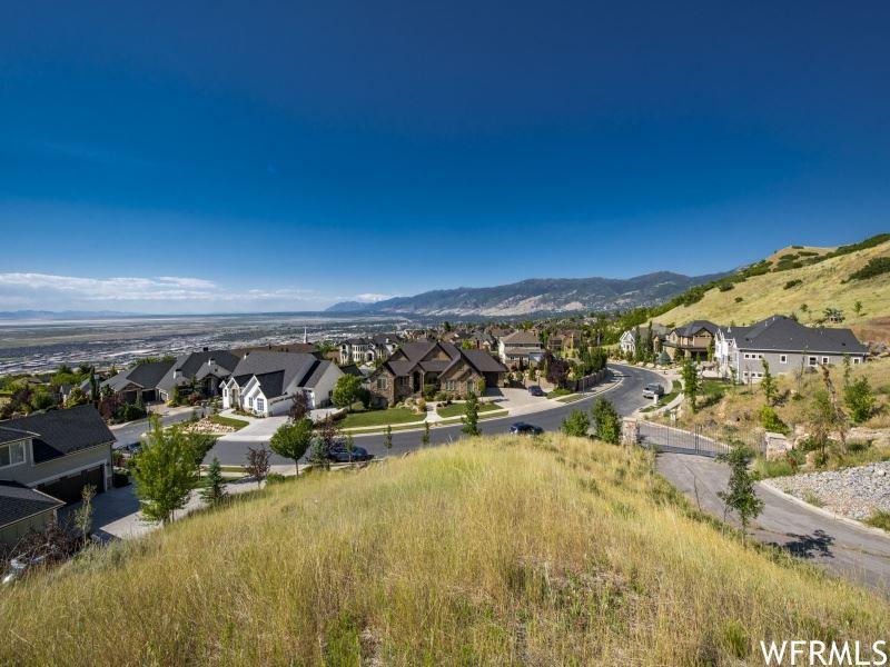 Photo of 990 S PLUM TREE CT E #9, North Salt Lake, UT 84054 (MLS # 1688863)