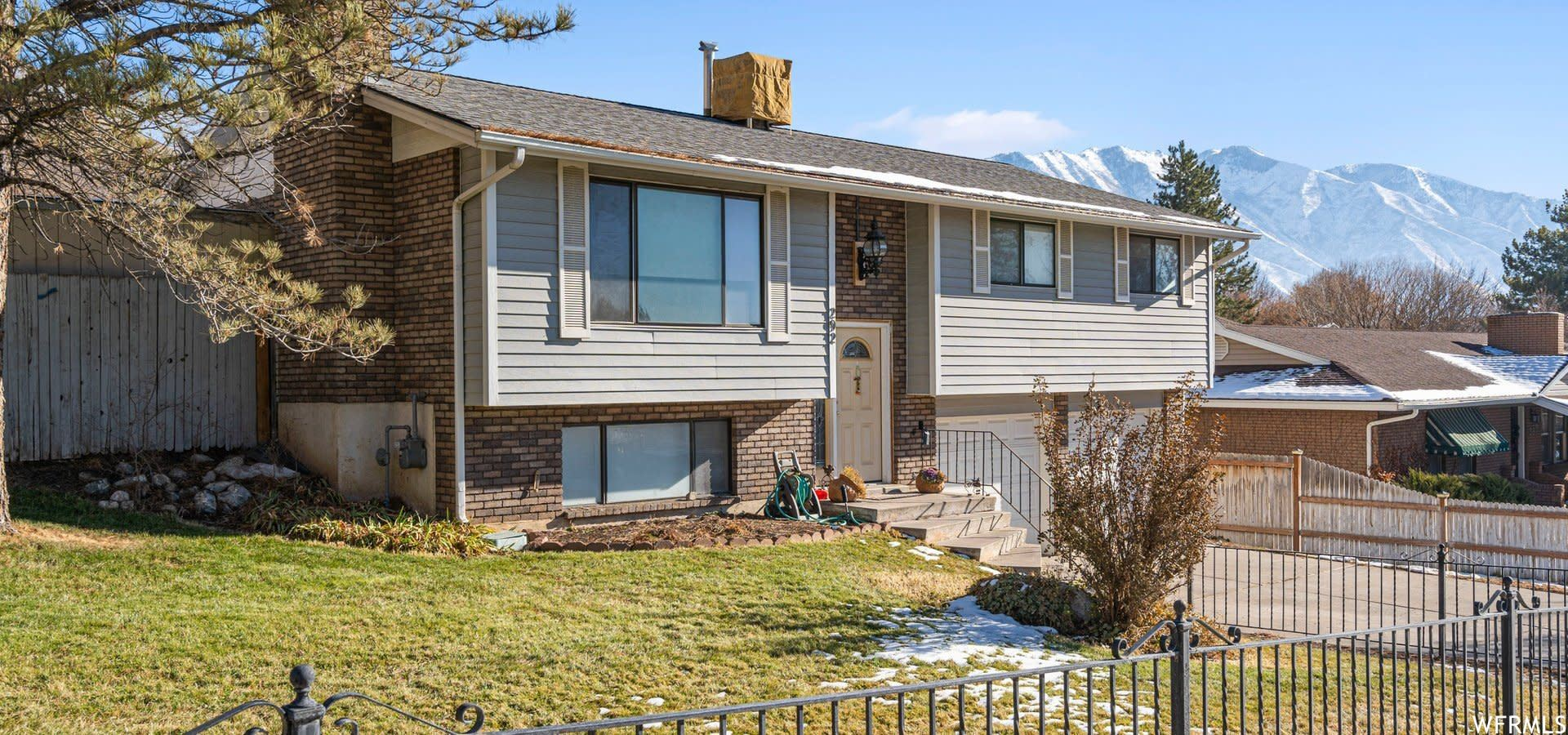 Photo of 292 N 1100 E, Springville, UT 84663 (MLS # 1717873)