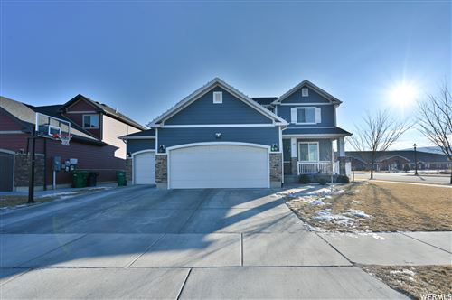 Photo of 995 W RED GLARE DR, Bluffdale, UT 84065 (MLS # 1719876)