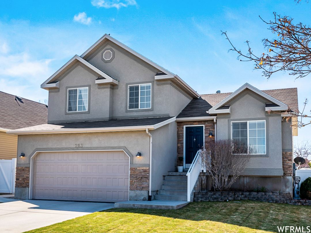 Photo of 283 BUBBLING BROOK LN, Draper, UT 84020 (MLS # 1733889)