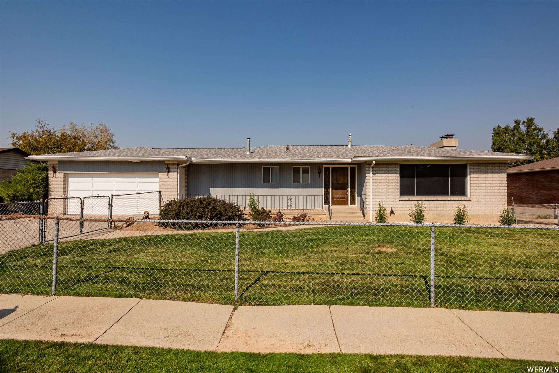 Photo of 1017 E PERRYWILL AVE, Salt Lake City, UT 84124 (MLS # 1727911)