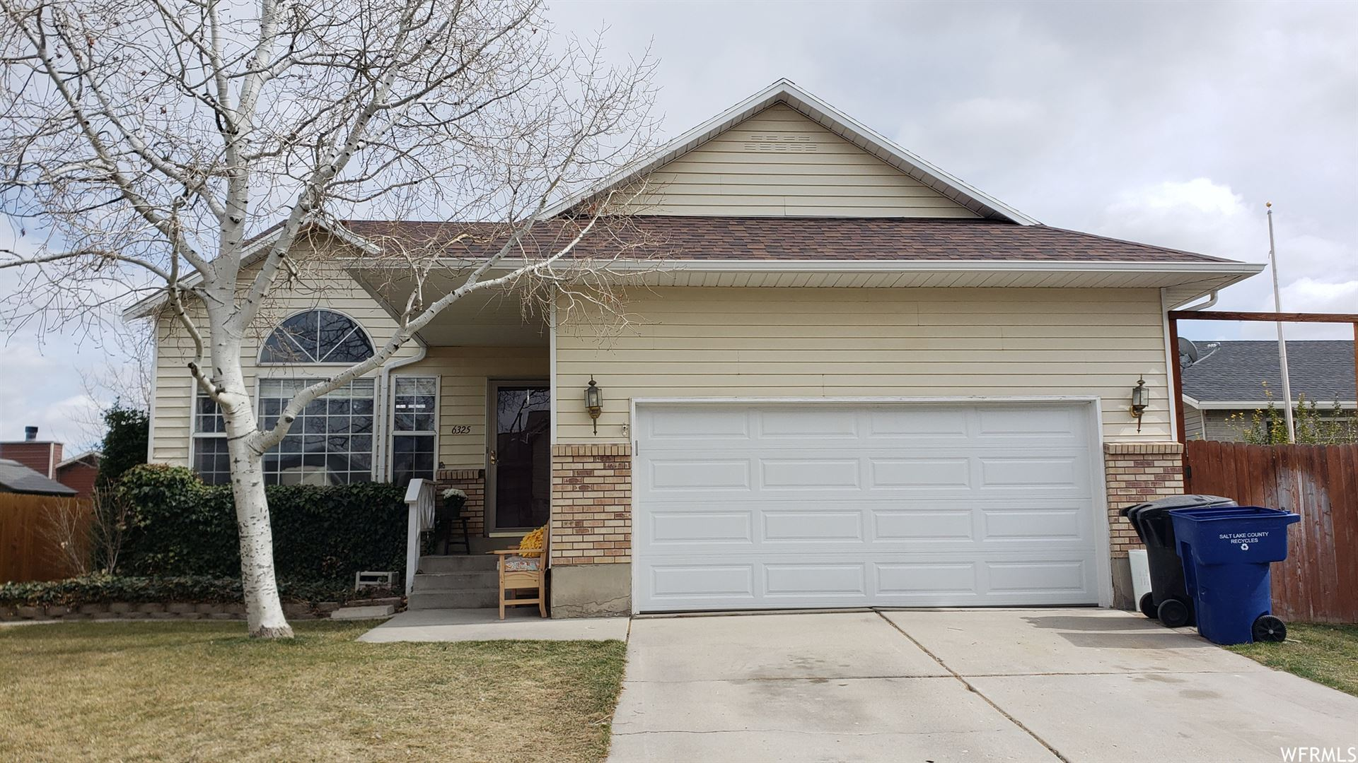 Photo of 6325 S DRY WIND DR, Taylorsville, UT 84129 (MLS # 1728914)