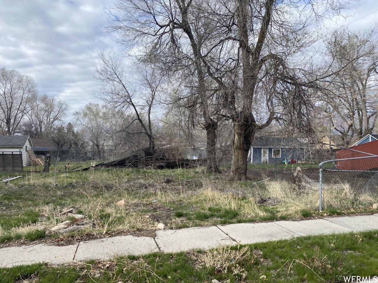 Photo of 572 W LAKE ST, Ogden, UT 84401 (MLS # 1733914)