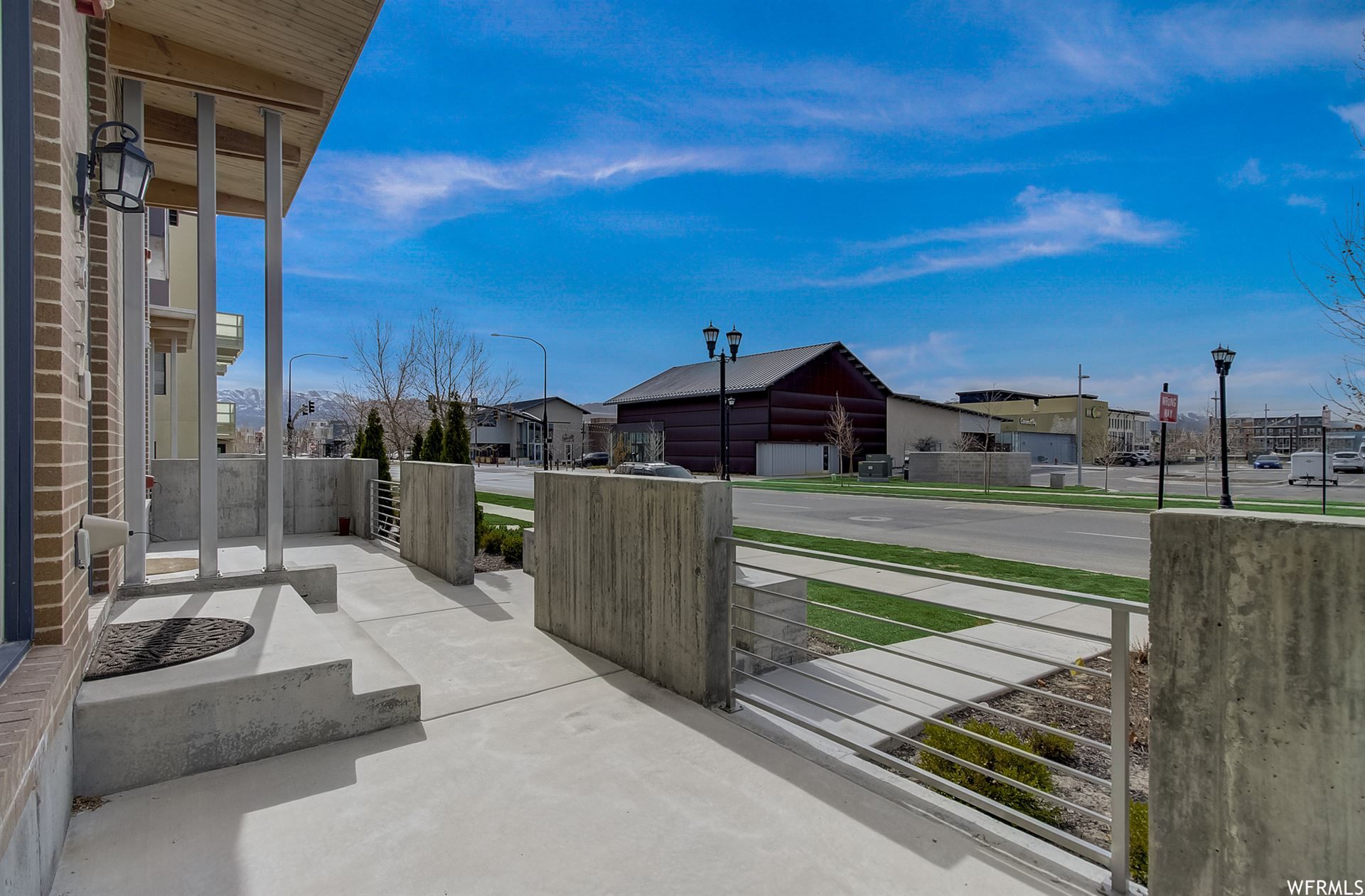 Photo of 4617 W DAYBREAK RIM WAY, South Jordan, UT 84009 (MLS # 1734924)