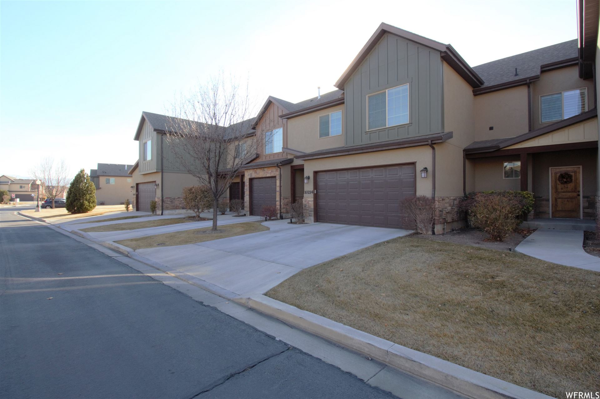 Photo of 10214 S MYSTIC FALLS WAY, South Jordan, UT 84095 (MLS # 1720928)