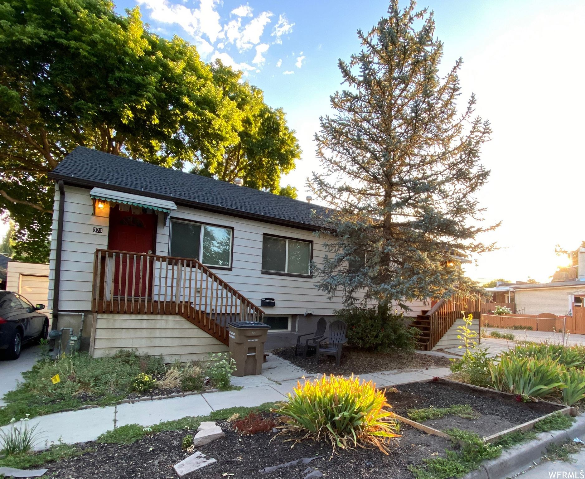 Photo of 373 E ROOSEVELT AVE, Salt Lake City, UT 84115 (MLS # 1689940)