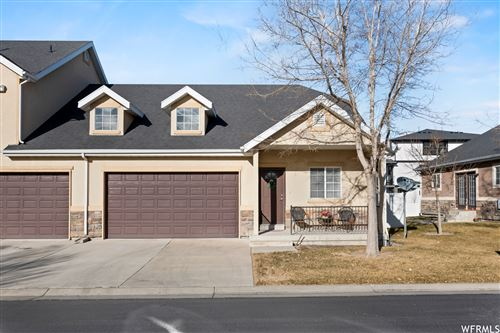 Photo of 61 E BELLA MONTE DR, Draper, UT 84020 (MLS # 1719965)
