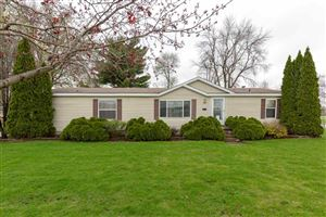 Photo of 1141 Central Avenue, Evansdale, IA 50707 (MLS # 20192167)