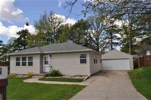 Photo of 905 4th St NW, Waverly, IA 50677 (MLS # 20191541)