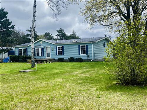 Photo of 102 Westview Drive, Houghton Lake, MI 48629 (MLS # 201812091)