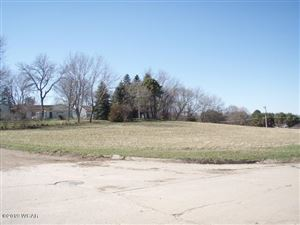 Photo of 1601 Prairie Avenue, Fairmont, MN 56031 (MLS # 6033285)