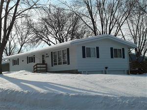 Photo of 3702 W Amber Lake Drive, Fairmont, MN 56031 (MLS # 6033571)