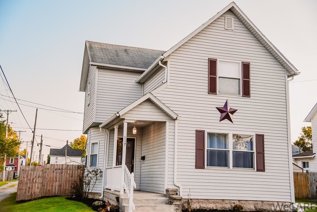Photo of 117 Arnold Ave., Bellefontaine, OH 43311 (MLS # 206449)