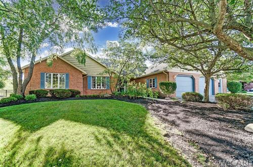 Photo of 746 YORKSHIRE DR, Lima, OH 45804 (MLS # 205496)