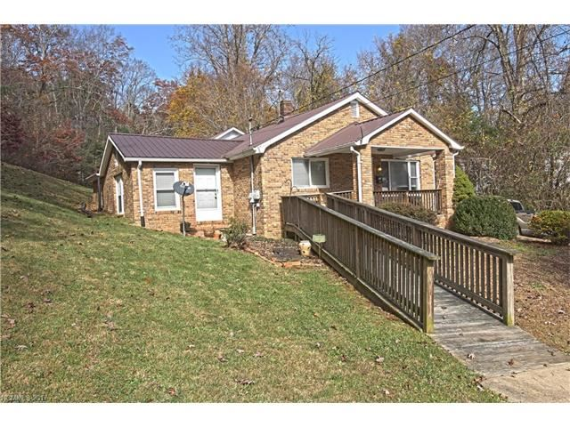 Photo for 75 Tom Sparks Road, Spruce Pine, NC 28777 (MLS # 3338009)