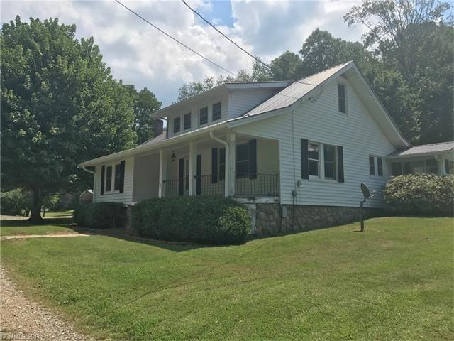 Photo for 1405 Barnardsville Highway, Barnardsville, NC 28709 (MLS # 3320016)