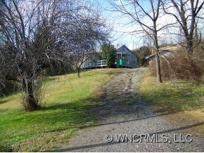 Photo for 24 Woodside Drive, Canton, NC 28716 (MLS # NCM514076)
