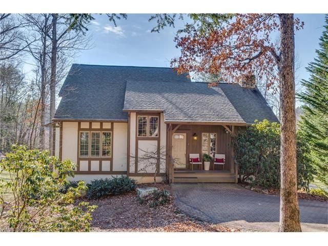 Photo for 1340 Chanteloup Drive, Hendersonville, NC 28739 (MLS # 3350126)
