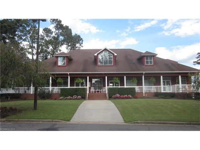 Photo for 4241 Plantation Drive, Morganton, NC 28655 (MLS # 3337128)