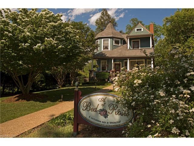 Photo for 135 Cumberland Avenue, Asheville, NC 28801 (MLS # 3273208)