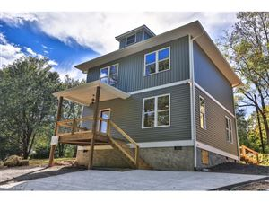 Photo of 103 Portmanvilla Road, Black Mountain, NC 28711 (MLS # 3326216)