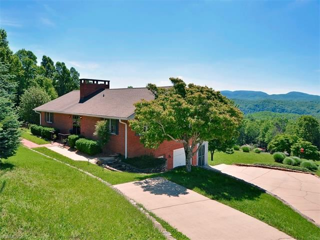 Photo for 93 Orchard Hill #8, Saluda, NC 28773 (MLS # 3286240)