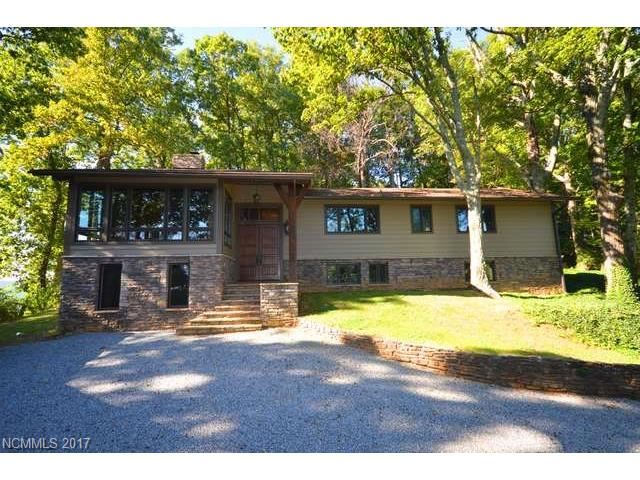 Photo for 2045 Hogback Mountain Road, Tryon, NC 28782 (MLS # 3326260)