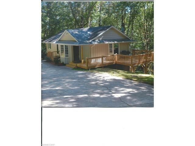 Photo for 427 Carolina Drive, Tryon, NC 28782 (MLS # 3326264)