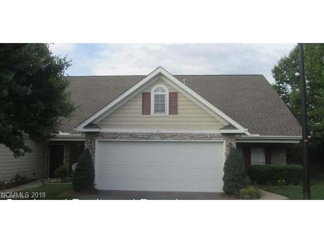 Photo for 811 West Pointe Drive, Asheville, NC 28806 (MLS # 3348299)
