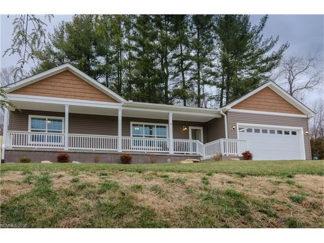 Photo for 91 Silver Lining Way, Hendersonville, NC 28792 (MLS # 3350349)
