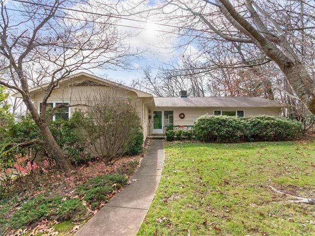 Photo for 9 Graystone Road, Asheville, NC 28804 (MLS # 3347362)