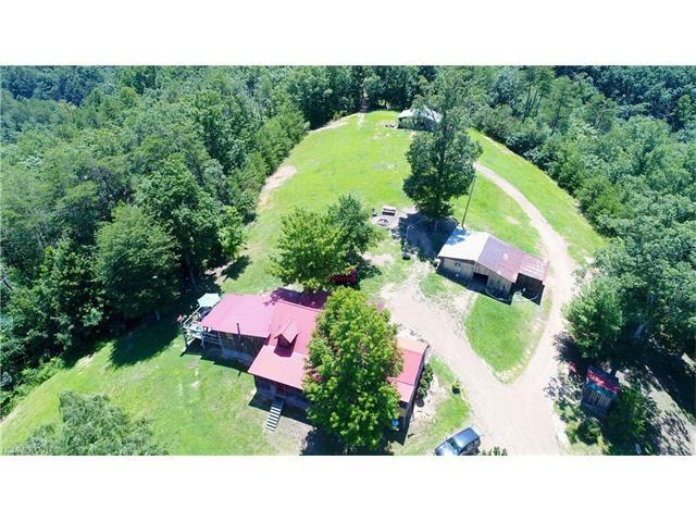 Photo for 441 Rebel Drive, Hot Springs, NC 28743 (MLS # 3301371)