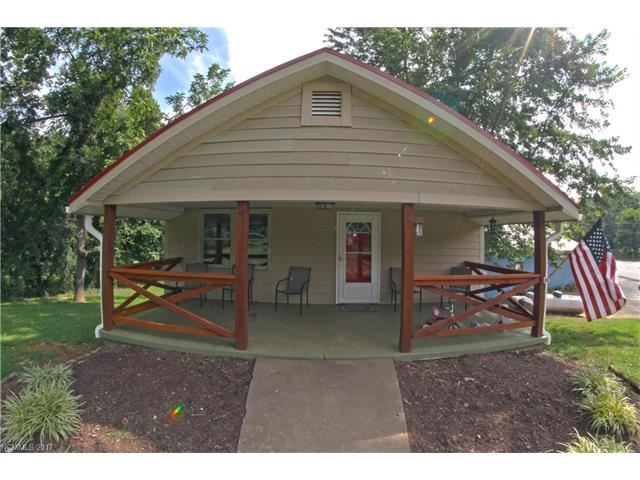 Photo for 40 Mullin Hill Road, Spruce Pine, NC 28777 (MLS # 3317438)