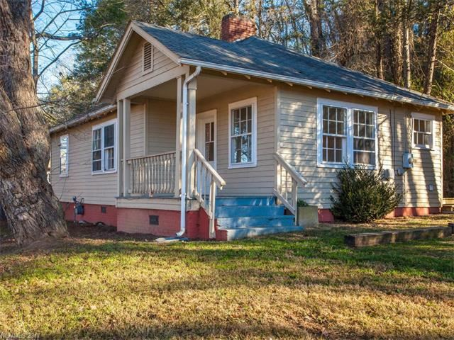 Photo for 1971 Riverside Drive, Asheville, NC 28804 (MLS # 3341475)