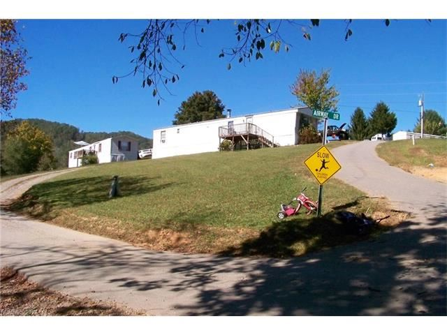 Photo for 2 Aladdin Drive, Leicester, NC 28748 (MLS # 3327508)