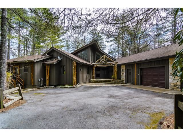Photo for 3 Pine Forest Point, Lake Toxaway, NC 28747 (MLS # 3299556)