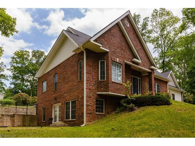 Photo for 15 Dynasty Lane, Candler, NC 28715 (MLS # 3336623)