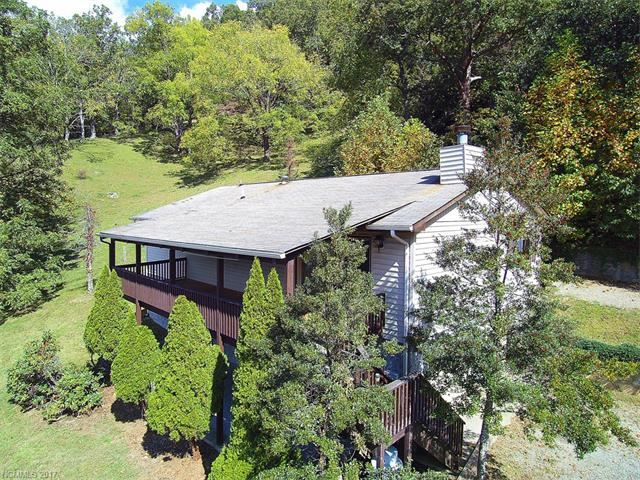 Photo for 134 Hillside Drive, Maggie Valley, NC 28751 (MLS # 3329627)