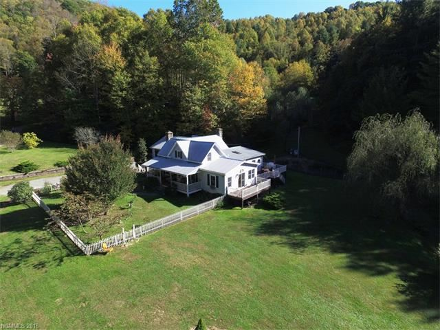 Photo for 500 Mountain View Road, Hot Springs, NC 28743 (MLS # 3348668)