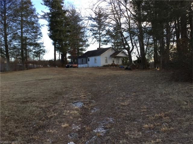 Photo for 608 Shady Drive, Hendersonville, NC 28792 (MLS # 3349676)