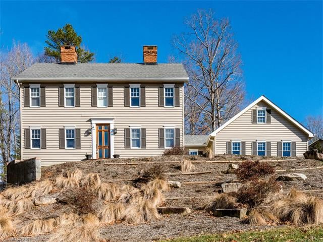 Photo for 166 SkyView Circle, Asheville, NC 28804 (MLS # 3350701)