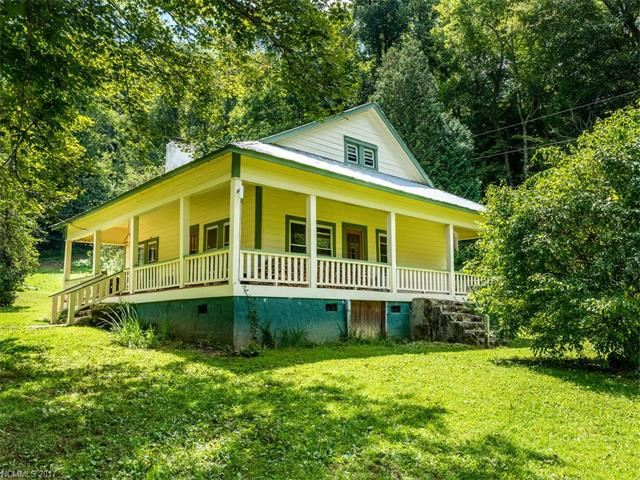 Photo for 310 Ras Grooms Road, Marshall, NC 28753 (MLS # 3346706)