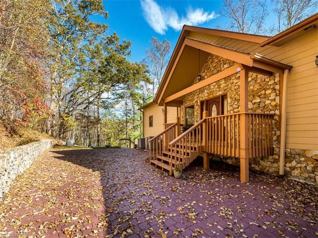Photo for 132 Hickory Forest Road, Fairview, NC 28730 (MLS # 3329725)