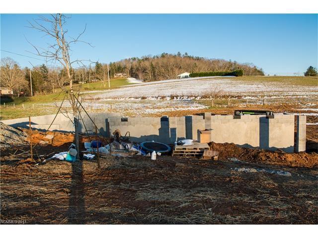 Photo for 37 River Brook Lane, Etowah, NC 28729 (MLS # 3343789)