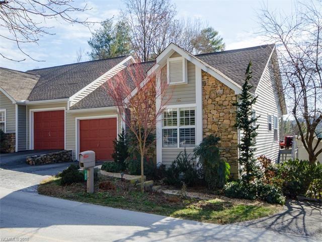 Photo for 182 Laurel Park Place, Hendersonville, NC 28791 (MLS # 3349804)